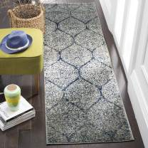 """Safavieh Madison Collection MAD604G Geometric Ogee Trellis Distressed Runner, 2' 3"""" x 8', Navy/Silver"""