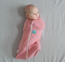 ergoPouch 0.2 tog Cocoon Swaddle Bag- 2 in 1 Swaddle Transitions into arms Free Wearable Blanket Sleeping Bag. 2 Way Zipper for Easy Diaper Changes (Rhubarb, 0-3 Months)