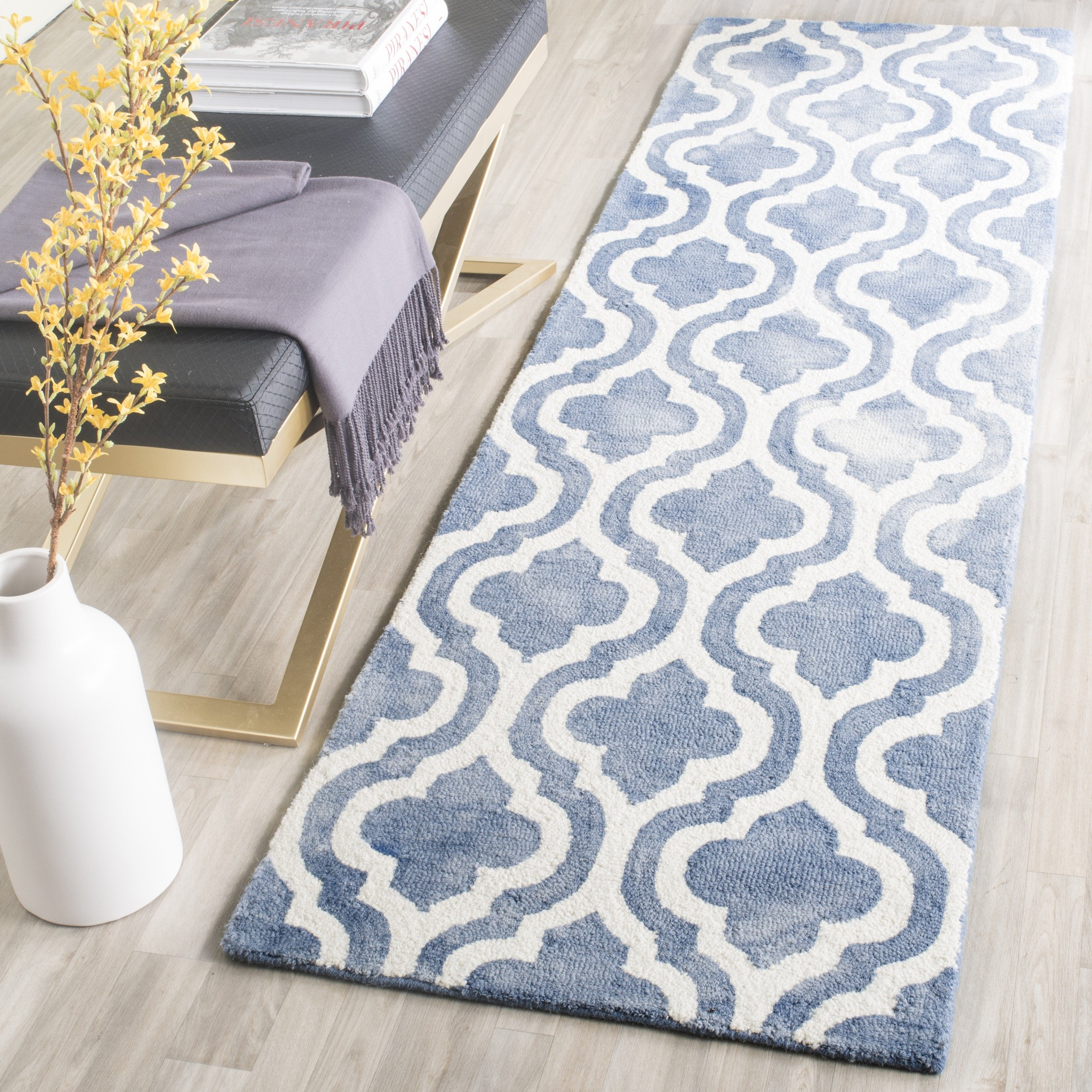 """Safavieh Dip Dye Collection DDY537K Handmade Geometric Moroccan Watercolor Blue and Ivory Wool Runner (2'3"""" x 6')"""