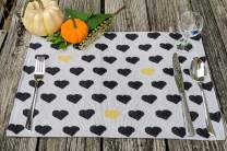 "DaDa Bedding Black & Yellow Hearts Placemats - Set of 4 Tapestry Lovely Polka Dots Pop Art Design - Decorative Cotton Linen Woven Dining Table Mats - 13"" x 19"" (18113)"