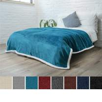 PAVILIA Premium Sherpa Fleece Blanket Twin Size | Soft, Plush, Fuzzy Turquoise Throw | Reversible Warm Cozy Microfiber Solid Bed Blanket (Teal Blue, 60x80 Inches)