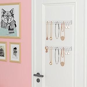 hanging necklace organizer