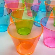glasses;blacklight;kids;party;cups