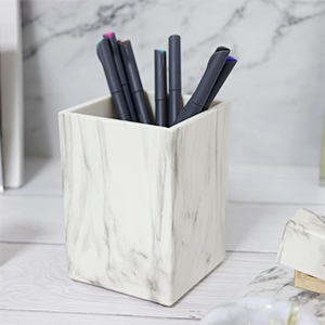 bathroom countertop make-up brush cup pencil dispenser small vase