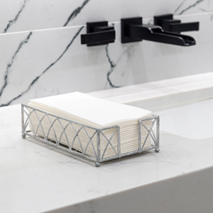 picture of guest towels at sink