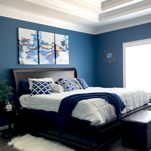 Abstract canvas picture wall