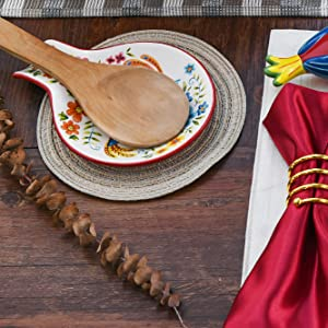 Bico Red Spring Birds Dinner Plates Set