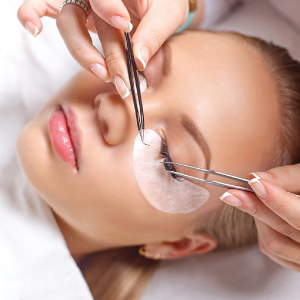 Beau Lashes Under Eye Pads For Eyelash Extensions Applying Eye Patches To Client