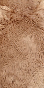 FAUX FUR RUG Ideal for traditional and contemporary rooms