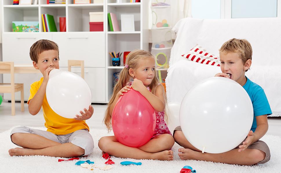 Kids indoor play balloons