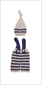 baby knit hat and pants