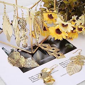 Gold Tone Earrings Set