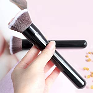 Cat Paw Foundation Makeup Brush