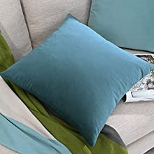 decorative pillows for bed