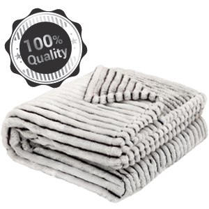 10 REASONS TO LOVE OUR FLEECE BLANKETS