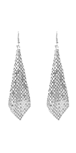 Metme Women Earrings