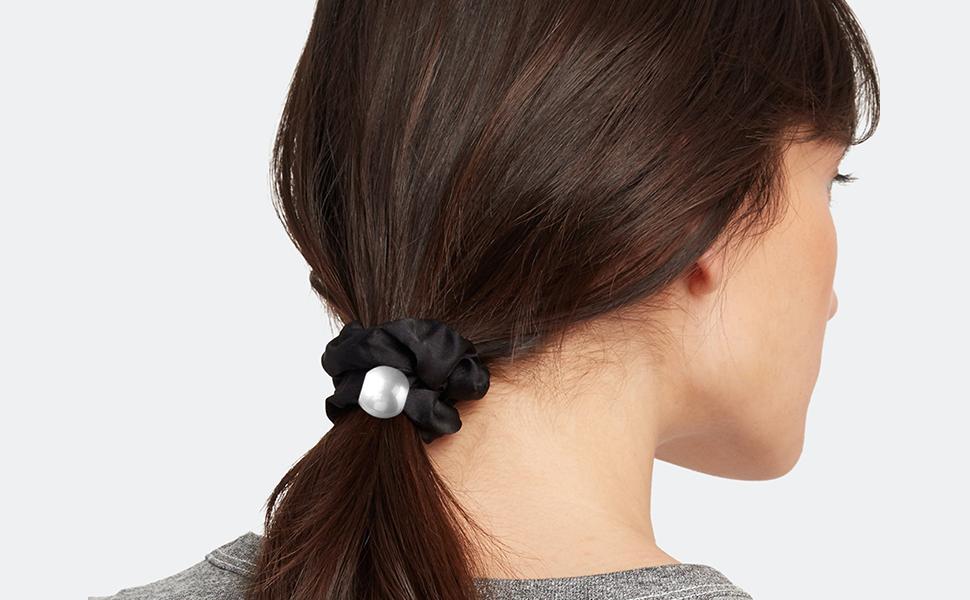 Fashion Pearl Scrunchies Soft Silky Hair Elastics