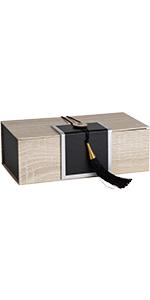 box paper tassel