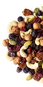 Organic Raw Nuts and Berries with Pumpkin Seeds Snack Mix, food to li