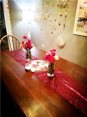 fuchsia sequin table runner