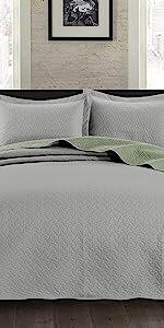 Mesa Bedspread Coverlet Set, Gray/Sage