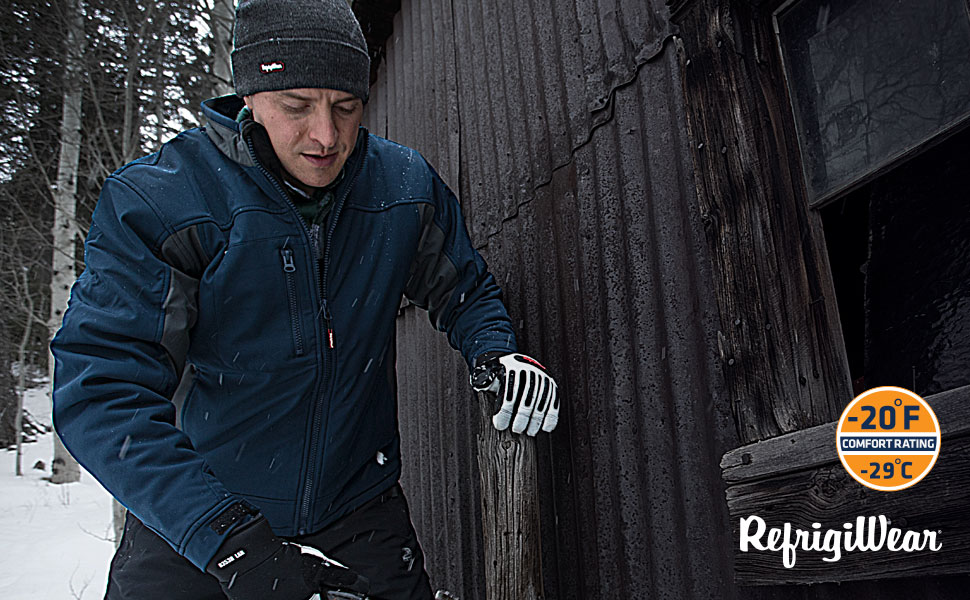 Working outside in RefrigiWear 0490R Men's Windproof Water-Resistant Insulated Softshell Jacket