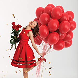 red color party balloons