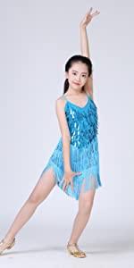 blue dress sea performance