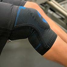 dual spiral stays of Zensah elite gel knee sleeve
