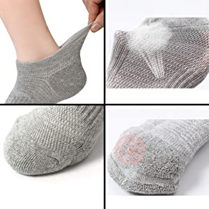 Athletic Running Socks for Men and Women with Seamless Toe, Moisture Wicking, Cushion Padding
