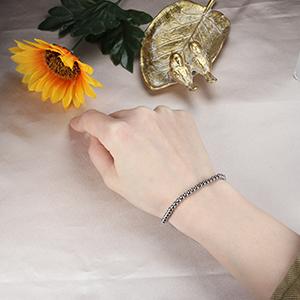 Cube Bead Chain Bracelet silver tone