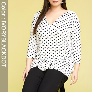 3/4 Sleeve Fitted Deep V-Neck Surplice Ivoryblackdot Tops for Women with Plus Size