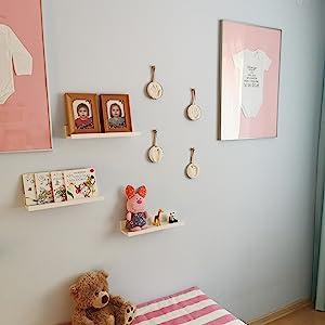 hanging shalves,white wooden shelvs,display shelves, white hanging shalvs