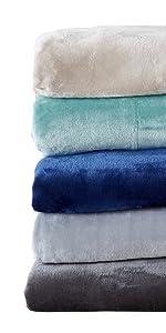 Marlo Blanket