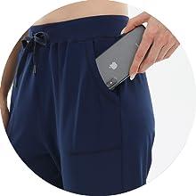 women Capri jogger with pockets