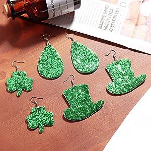 Glitter St dangle earrings lightweight earrings faux Leather earrings Shamrock Patrick/'s Day
