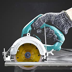 Universal For Dry or Wet Cutting