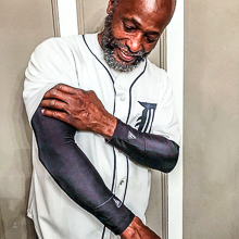 arm sleeves help aid in pain reduction, and injury prevention