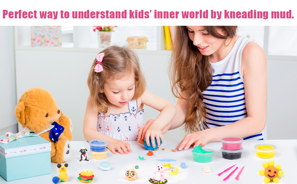 Perfect way to understand kids' inner world by kneading mud.