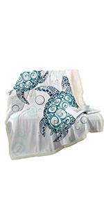Sleepwish Sea Turtle Fleece Throw Blanket