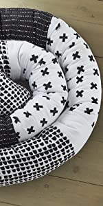 Allistar roll pillow levtex baby black and white