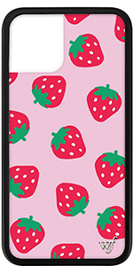 IPHONE 11 STARWBERRIES CASE