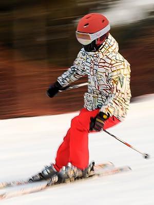 red ski helmet men