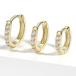 gold hoop earrings,huggie hoop earrings,small hoop earrings,hoop earrings for women,huggie earrings