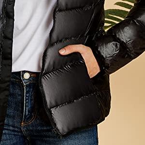 Side deep pockets