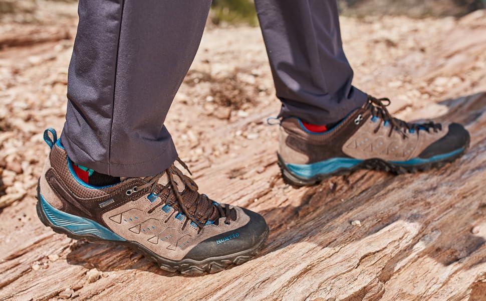 anti-slip hiking shoes