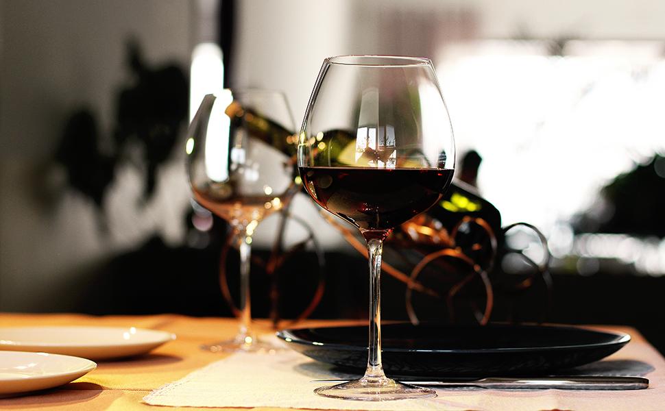 LUXU Wine Glasses (Pinot Noir)