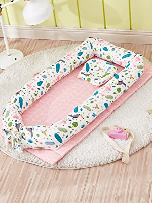 baby nest bed with flamingo