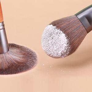 makeup brush 1