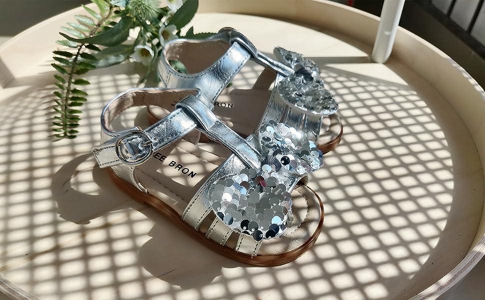 Silver sandal for toddler girl
